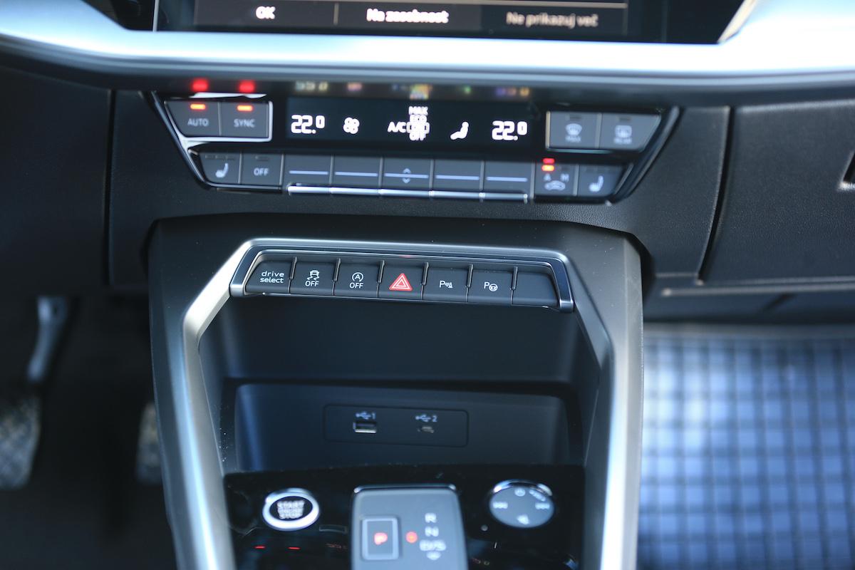 Notranjost Audi A3 Sportback