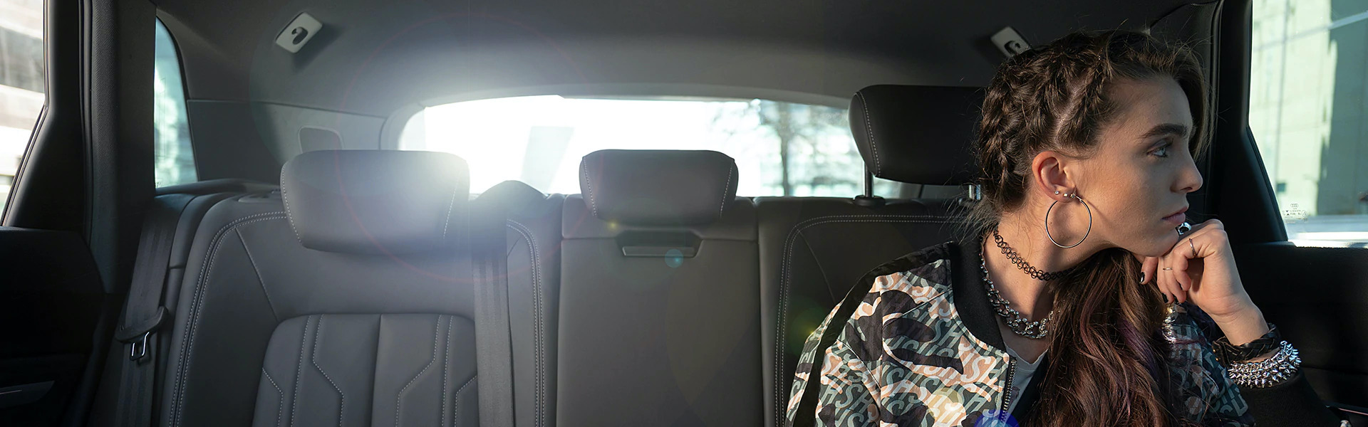 Punca sedi v avtu