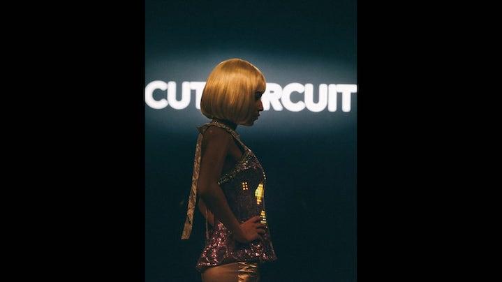 CuteCircuit kolekcija na modni reviji