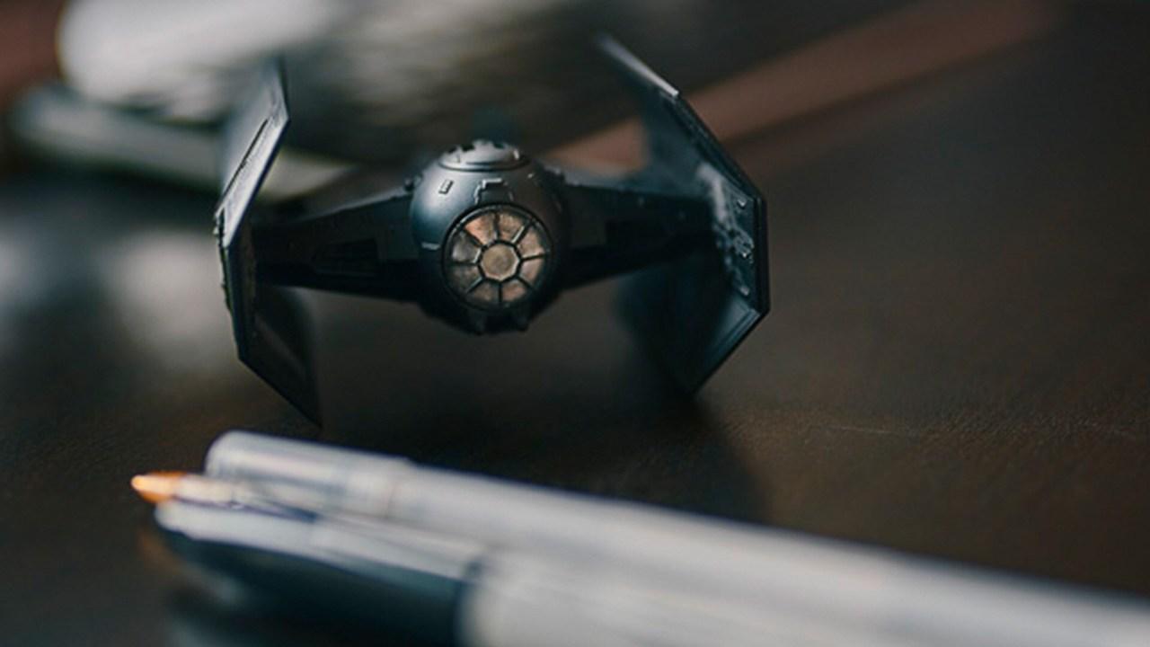 Model vesoljskega plovila TIE Fighter