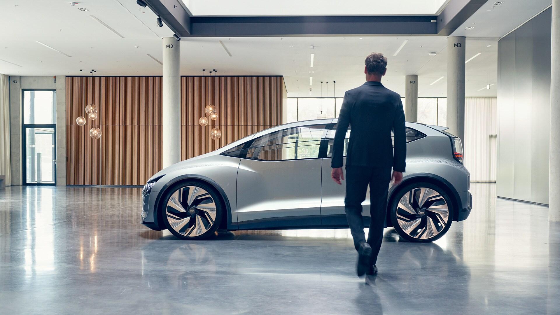 Audi AI:ME – pogled od strani