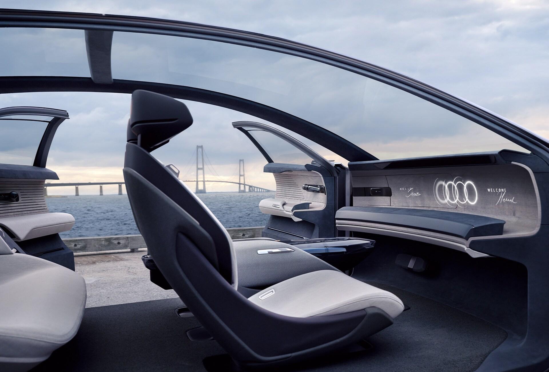 Pogled v notranjost konceptnega vozila Audi grandsphere.