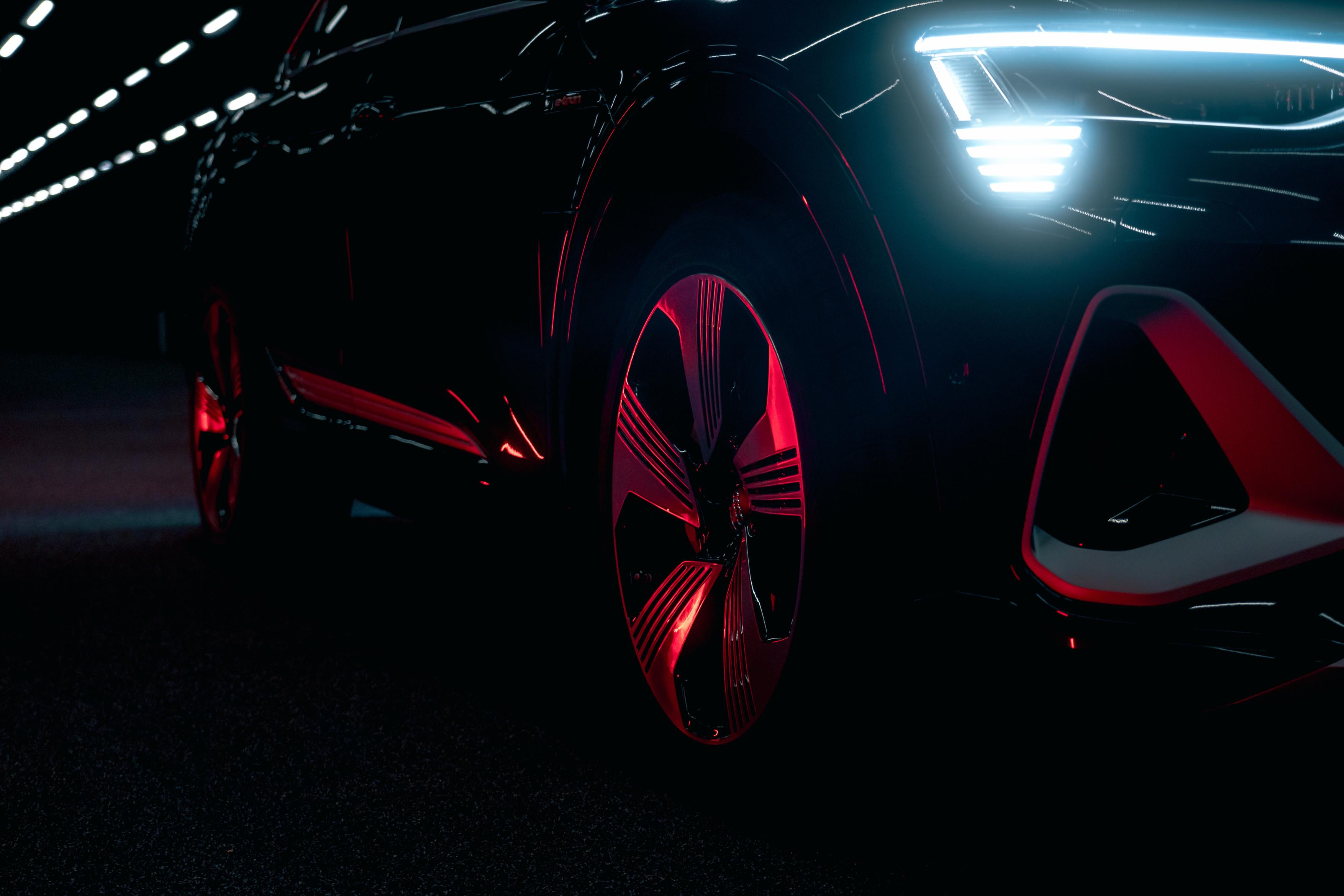 Audi e-tron Sportback 55 quattro - digitalni matrični LED žarometi