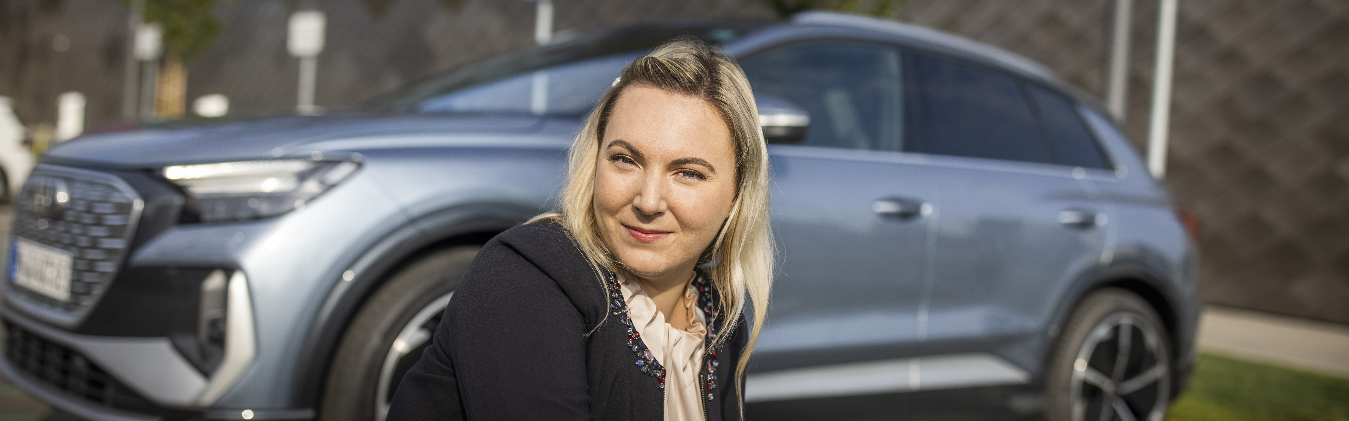 Sara Fink, Audi Q4 e-tron